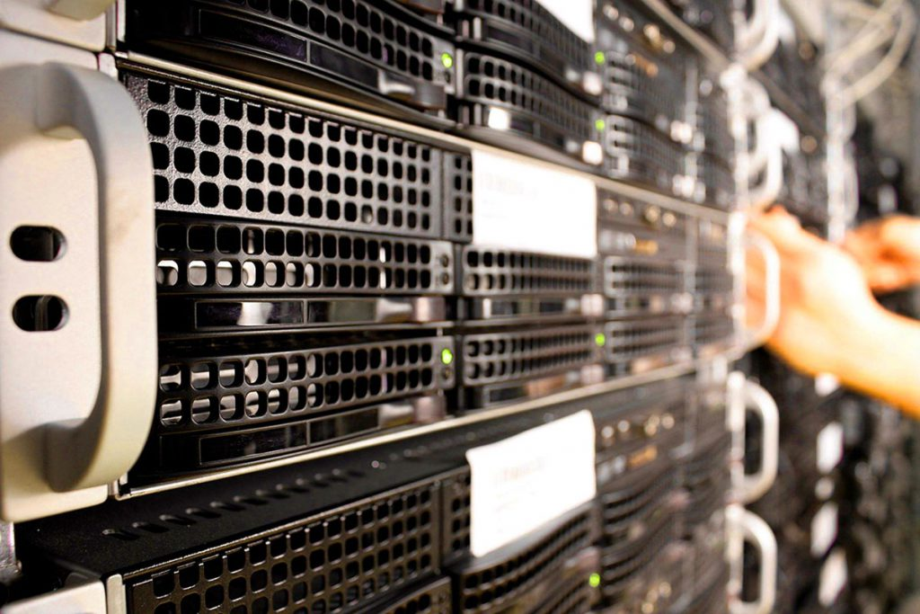 υπηρεσίες managed web hosting